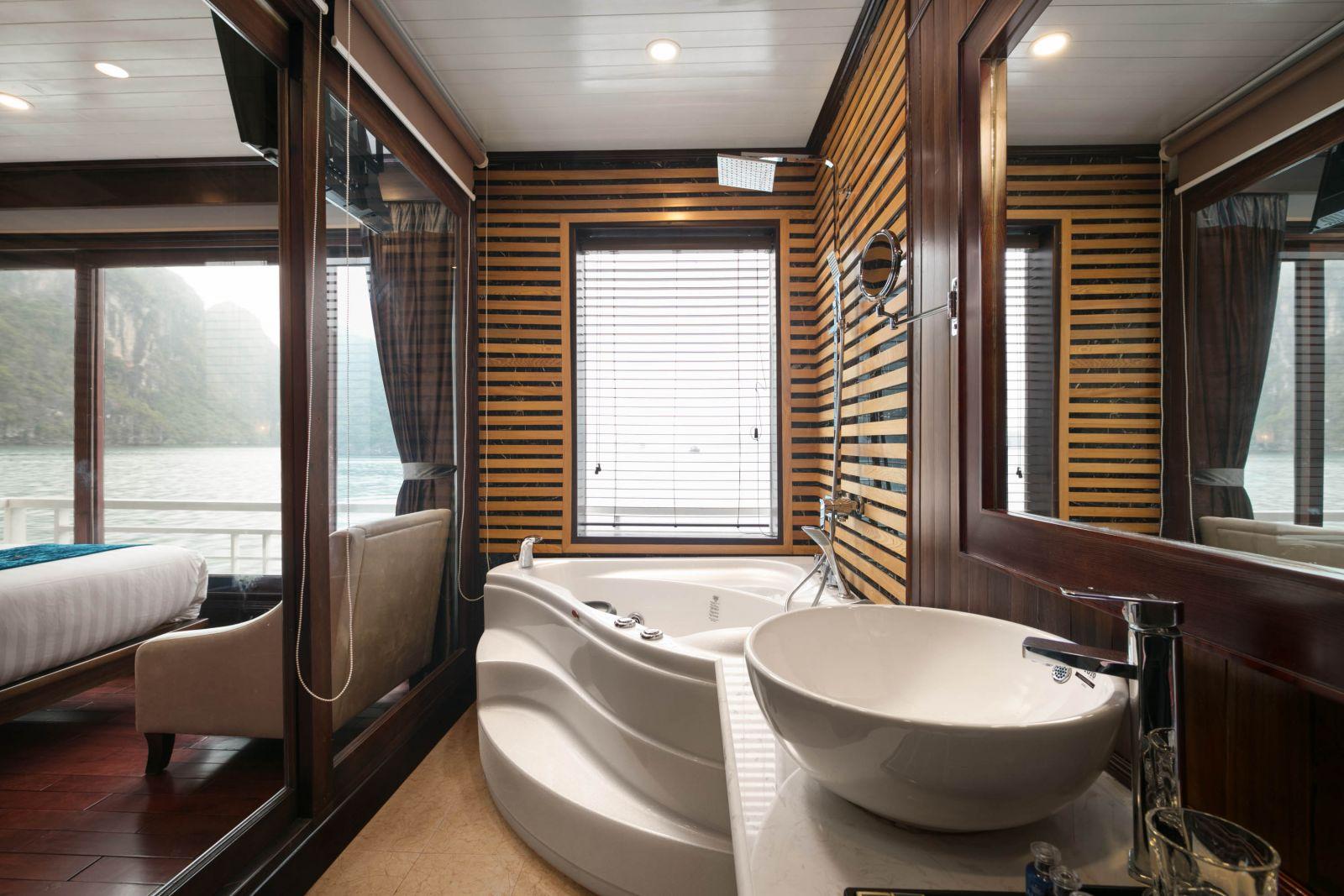 Luxury Bathroom on Alisa Cruise