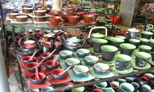 Bat Trang Ceramic and Dong Ky Village one day tour