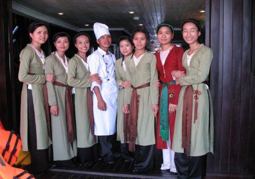 Bhaya Cruise - Staffs