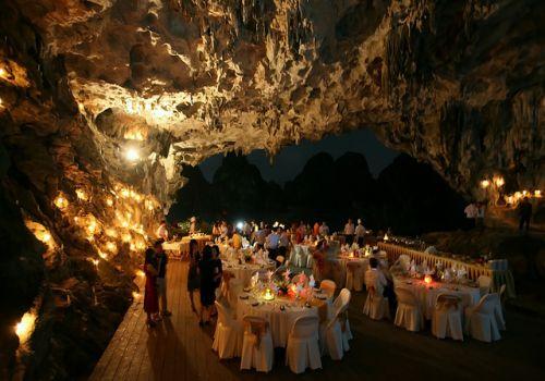 Bhaya Cruise - Gala Dinner