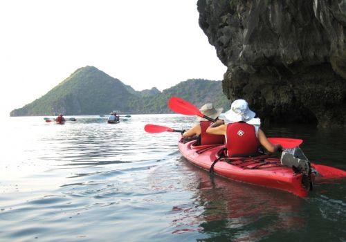 Bhaya Cruise - Kayaking