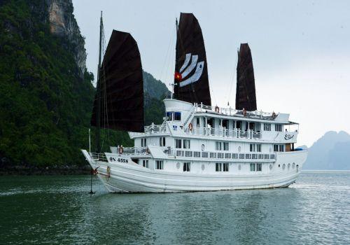 Bhaya Cruise - Cruising on Halong Bay