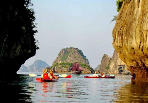 Ginger Cruise-Kayaking on Halong Bay