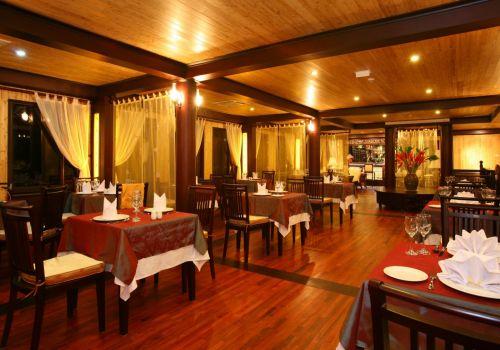 Ginger Cruise-Luxury Restaurant