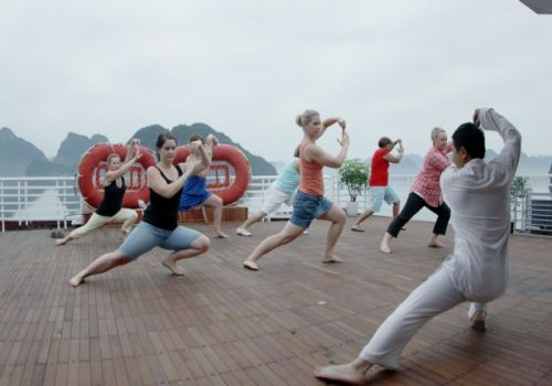 Glory Premium Cruise - Tai chi exercise