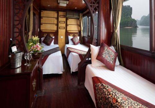 Imperial Junk Boat - Twin Cabin