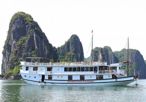 Imperial Junk Boat - Halong Bay