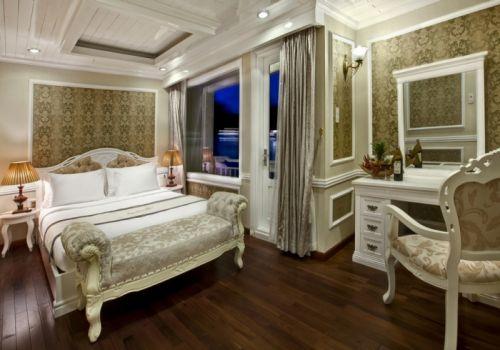 Halong Signature Cruise - Elite Suite Cabin