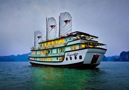 SIGNATURE HALONG CRUISE- BEST 5 STAR BOAT IN HALONG BAY