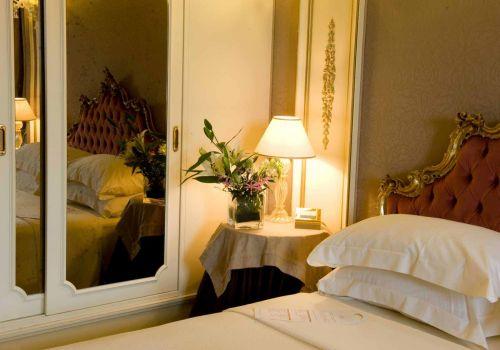 Luxury/Vip room